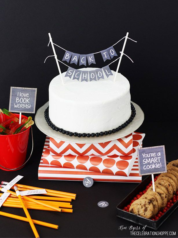 Back To School Cake + Free Party Printables | Kim Byers, TheCelebrationShoppe.com