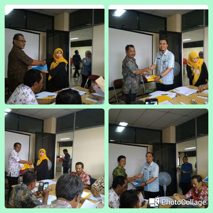 Penyerahan himbauan PBB-P2 pada kelurahan se-Kecamatan Tambora tanggal 25 November 2016