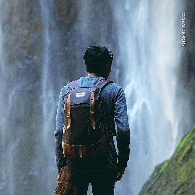 Go with the flow and create your best life.  Bag : Visval Bara Brown Catalogue : @welicious.stock  #tas #bag #backpack #ransel #daypack #urban #fashion #urbanfashion #localbrand #localbrandid #visval #visvalbags #rucksack #travelling #taslaptop #tassekolah #taskantor #explorebandung #exploresemarang #explorejakarta #instanusantara  #schoolbag #indonesia #bandung #welicious #bagstore  #herschel #jansport #eastpak by weliciousid