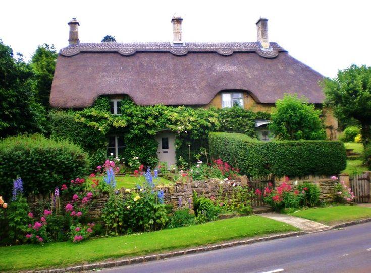 cottage di campagna inglese File vettoriale - ForWallpaper.com