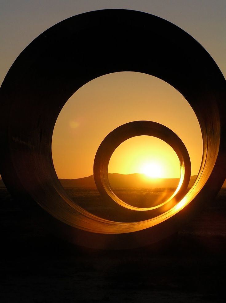 17 best images about nancy holt on pinterest nancy dell for What is a sun tunnel