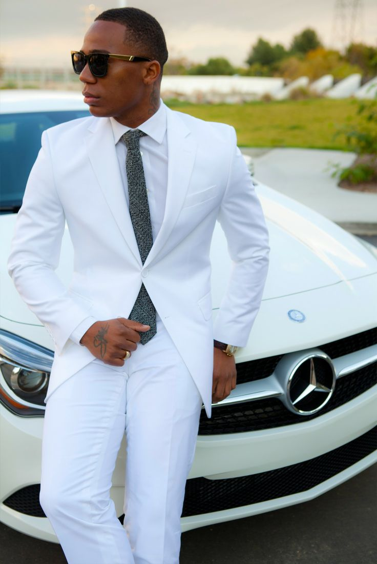 All White Fashion Inspiration - White on White Street Style