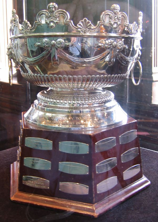 Can Max Pacioretty Seize the Selke Trophy Away from Patrice Bergeron? - http://thehockeywriters.com/can-max-pacioretty-seize-the-selke-trophy-away-from-patrice-bergeron/