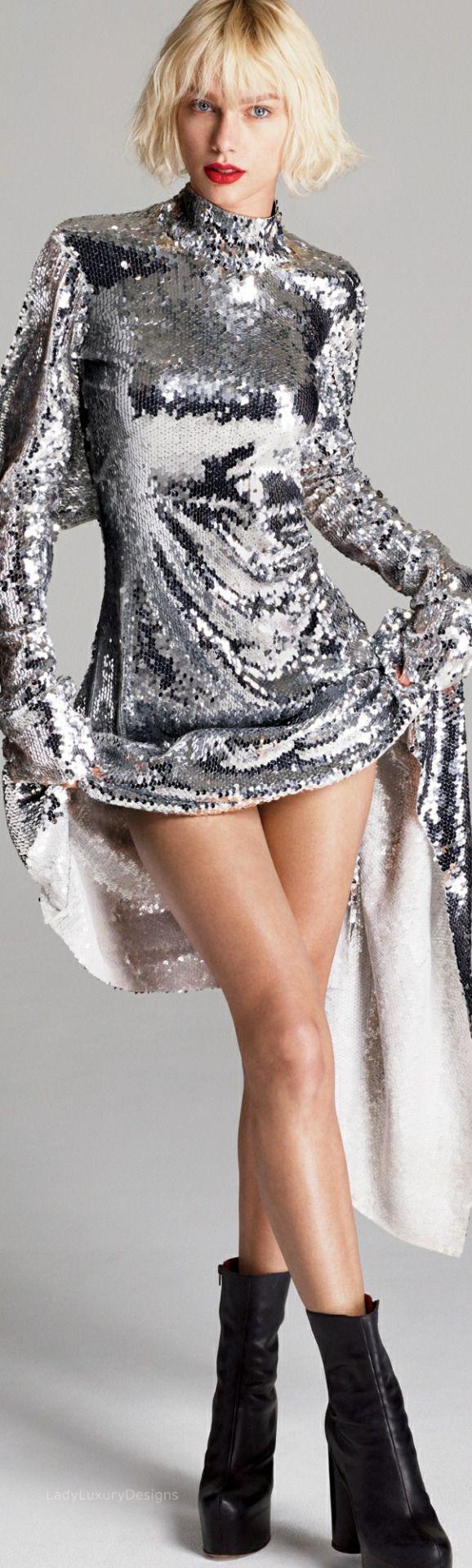 LADY LUXURY - Taylor Swift by-Mert Alas Marcus Piggott |...