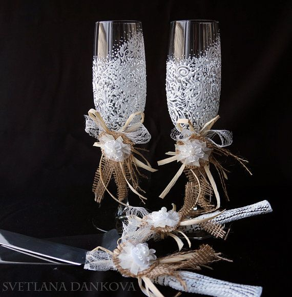 Wedding Cake Server Set with Matching Champagne Flutes by LaivaArt