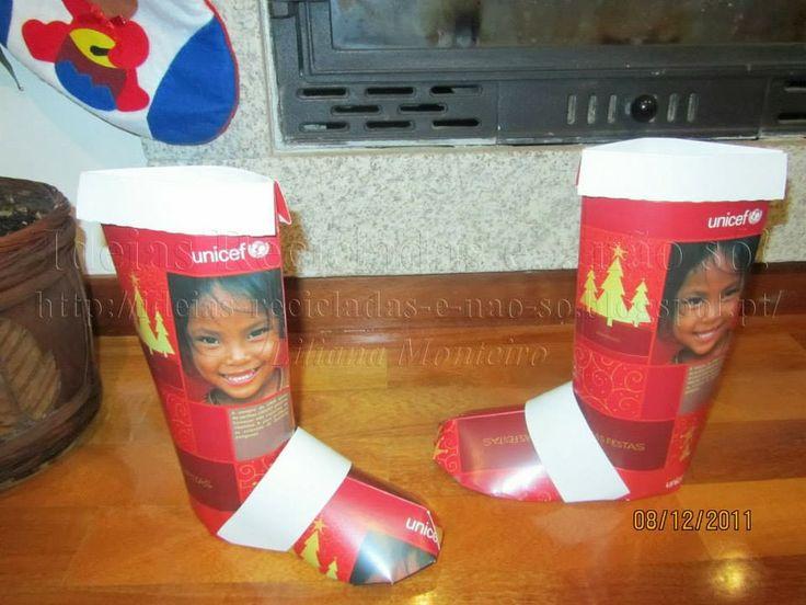 Botas de Natal feitas com caixas de cartão. Reciclagem. Com explicações.