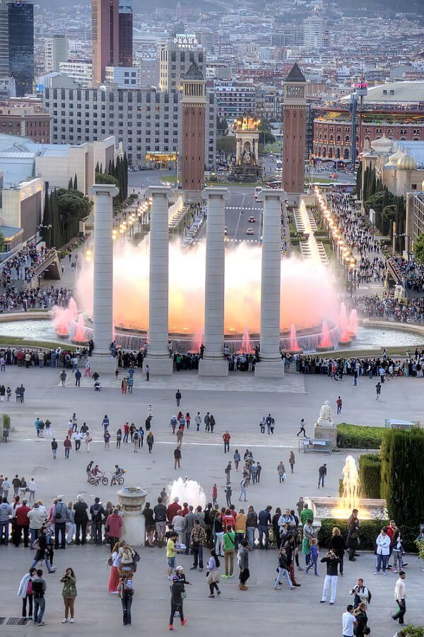 Magic Montjuic Fountains in Barcelona, Spain. Visit our blog for insider tips on what to see & do in Barcelona!