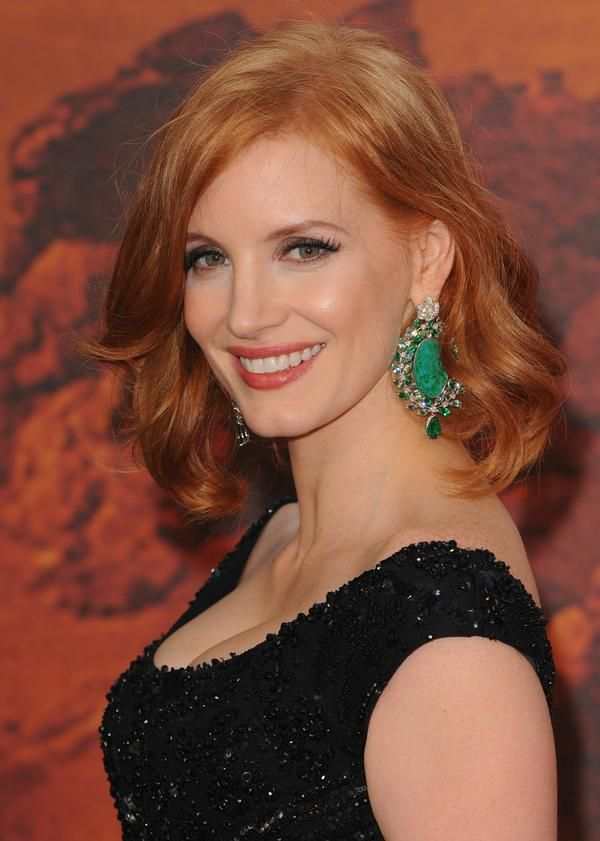 Red Carpet Fashion: @Fashion_Critic_   Jessica Chastain shuts down #TheMartian red carpet wearing Elie Saab Couture http://ow.ly/SDln3