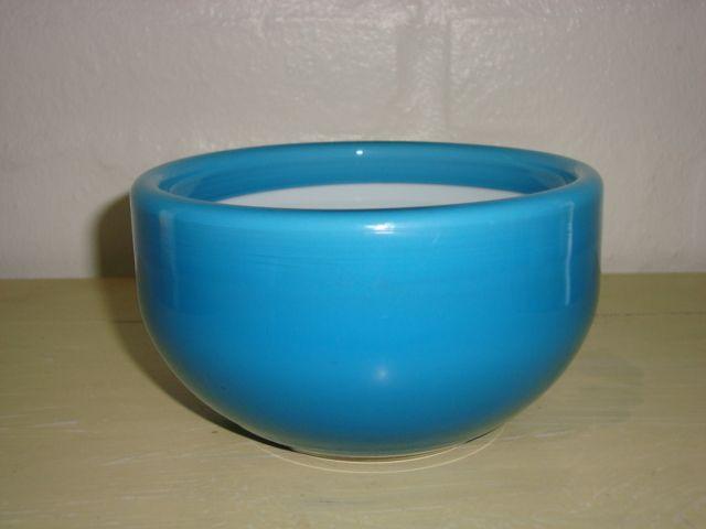 """HOLMEGAARD """"Palet"""" - MICHAEL BANG Overfangsglas. #trendyenser #retro #palet #bowl #skål #artglass #danishdesign #nordicdesign #michaelbang #holmegaard From www.TRENDYenser.com SOLGT/SOLD"""