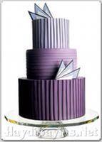Торт в стиле арт-деко в сиреневых тонах