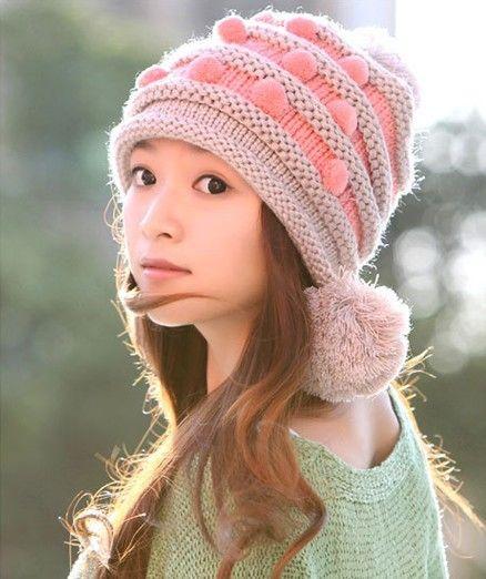 Купить товарКорейский осень и зима шляпы и шапки леди милый шерсть шапочки шляпы для женщины трикотаж шляпа кепка MZ0240 в категории Ушанкина AliExpress.        Новый продукт 2015 корейский стиль последние осенние и зимние шапки и шапки Мода леди мило шерстяная шапка