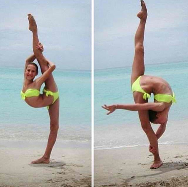 Extreme Flexible Nude Dancer 19