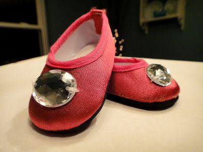 Free American Girl Doll Slippers and Shoe Pattern