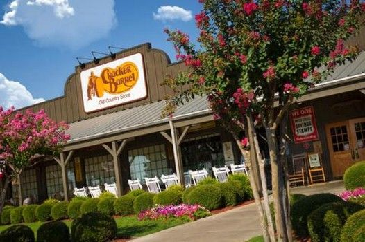 2015 Cracker Barrel Thanksgiving dinner prices, menu and locations