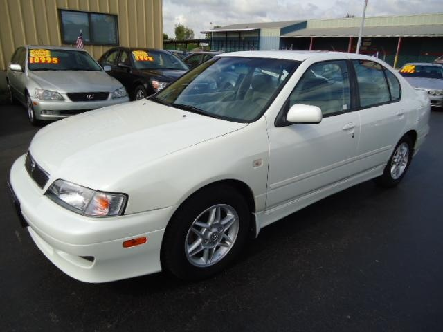 2002 infiniti g20 i had a white 99 39 5spd that i loved. Black Bedroom Furniture Sets. Home Design Ideas