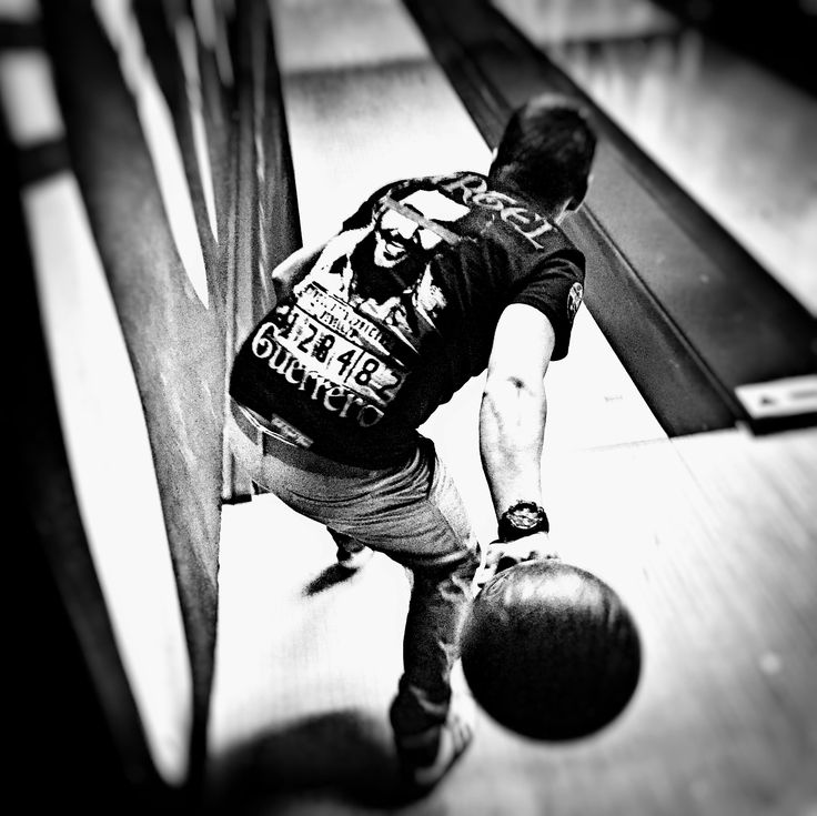 ★CARTEL ORIGINAL★ Fan pics- really awesome shot, Thx Peter🖤 #bowling #tattoos #tattoolife #tattooing #tattooed #ink #inked #inkedboy #inkedlife #inkedlove #street #streetwearfashion #streetwearbrand #clothing #apparel #tattooapparel #tshirt  #tshirt👕 #tattoobrand #inkstyle #lovetattoo #hardstyle #hardcore #premiumquality #premiumbranded #urbanclothing #tetovanie #instatattoo #wannabe #onlineshop