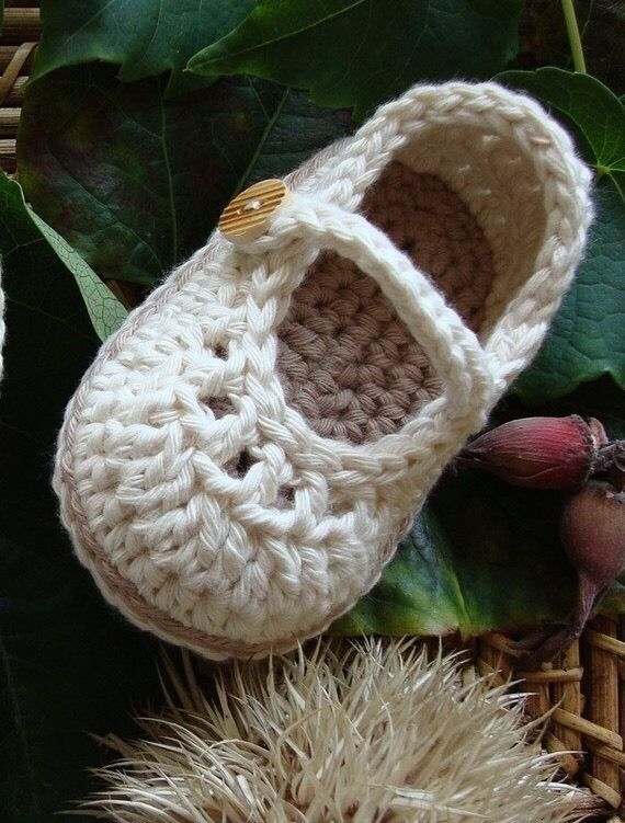 Crochet Baby Booties Baby Shoes - Mary Jane Cream - Size M (3-6 months) #Booties