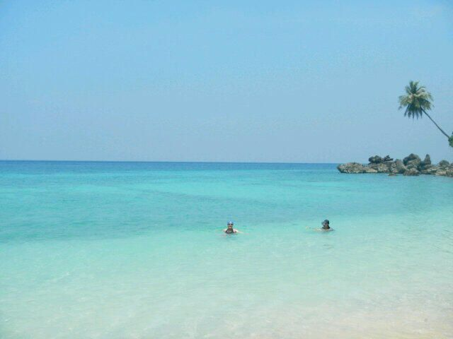 DESTINATION > Sumur Tiga Beach di Pulau Weh, Sabang - Aceh (Photo by @ermilaklislinar)