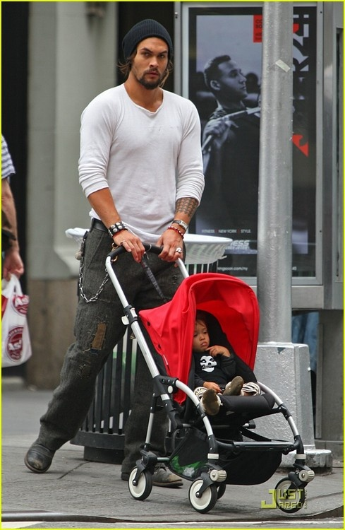 Jason Momoa AND baby....:-)) OMG @aprilsoudipour