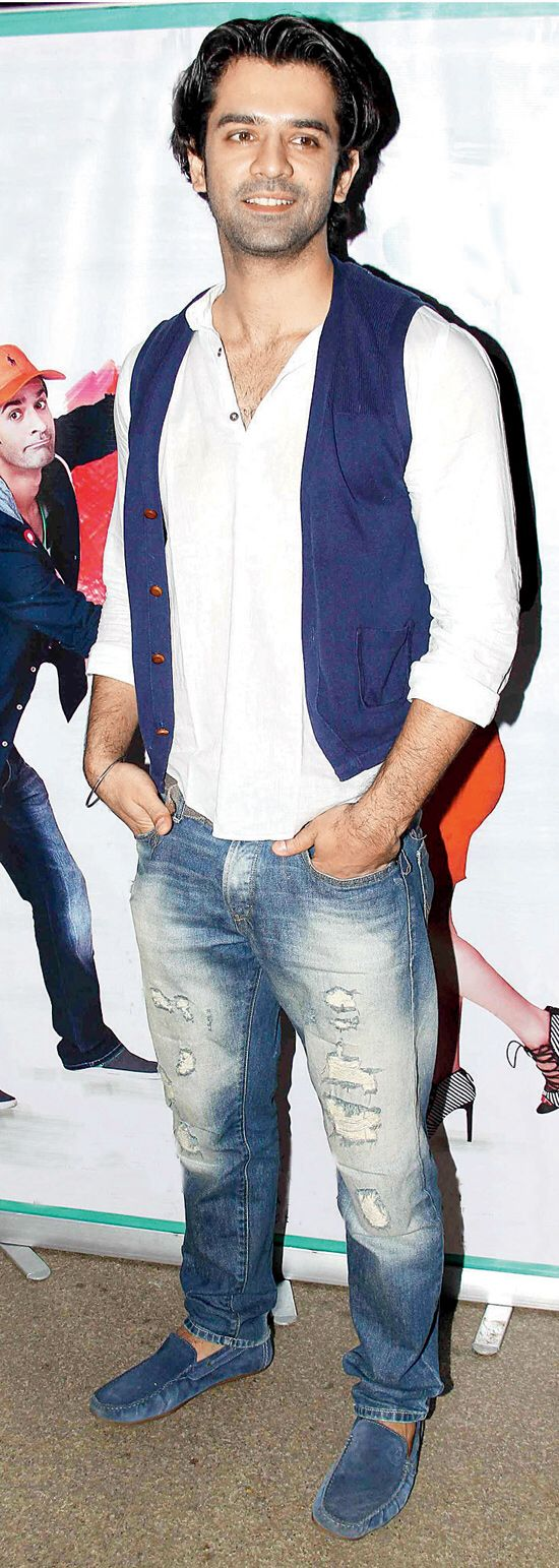 Image from http://images.mid-day.com/images/2014/dec/Barun-Sobti.jpg.