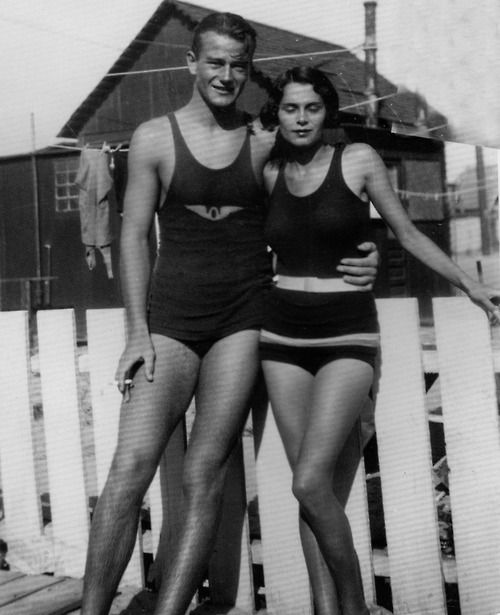 John Wayne with his first wife Josephine at a Southern California beach during their courtship years. Second half of the 1920s