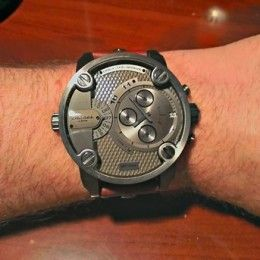 Diesel SBA Only The Brave watch