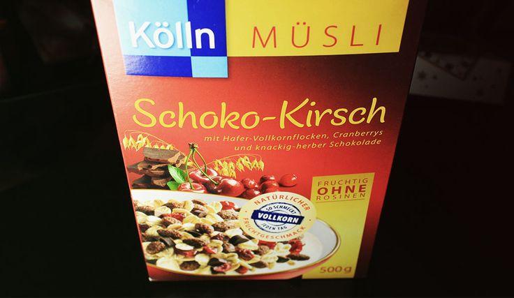 Probiert: Kölln Müsli Schoko Kirsch – Hafer-Vollkorn-Müsli mit 7% Schokolade (Kakao:40% mindestens) und 3,5% gefriergetrockneten Sauerkirschen.