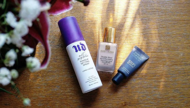 www.beautyandatwist.ro urban decay all nighter setting spray - estee lauder double wear foundation - make up forever mattifying primer