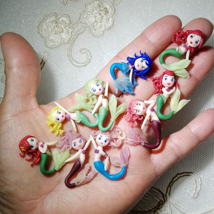 #Goodmorninng , ecco cosa è venuta fuori?  Facebook  Creasouvenir Di Eliza #fattoamano  #comics #fimo #charme  #cernit #artist #arte  #handmade #disneylandparis  #kids  #polymerclay #kawaii #artigianato #film  #mare #art #frozen  #bambini #festa #Ariel #sirenetta #spiaggia #jewelry  #belenrodriguez