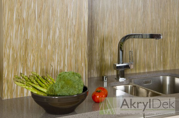 Back splash tiles with green grass for kitchen.  #resin #acrylic #panel #panels #Dekorakryl #kitchen #ideas #home #design #wall #decoration  #tile #tiles #organic #filling