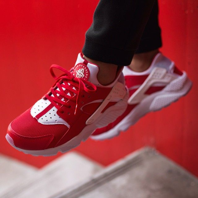nike huarache red and white