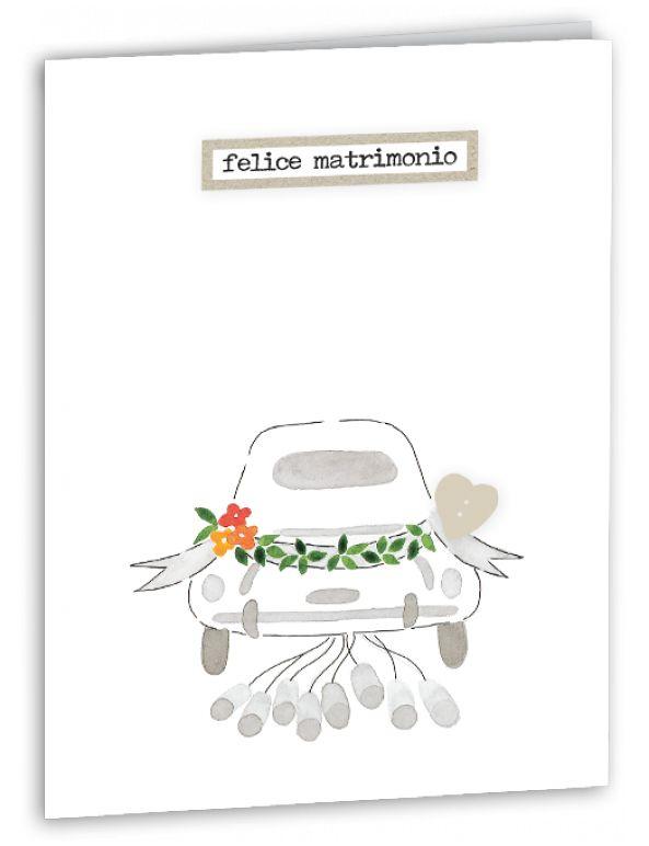 Questo bellissimo biglietto di matrimonio colpisce per la sua eleganza e semplicità. Illustrato a mano a china e acquerello, poche linee dolci formano la macchina dei novelli sposi, fiori colorati e un bottoncino a forma di cuore ed effetto madreperla