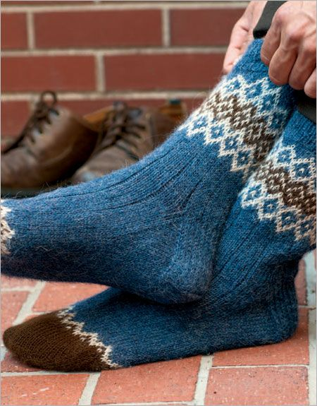Fair Isle Men's Socks - Interweave Knitting Pattern