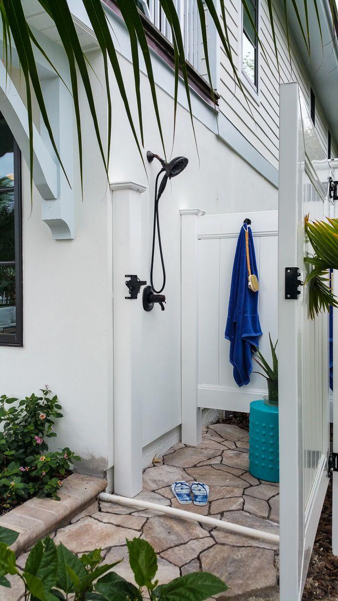 Best 25+ Pool bathroom ideas on Pinterest | Pool house ...