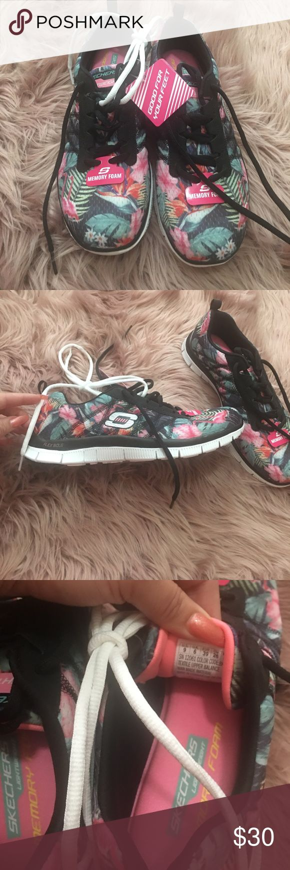 Sketchers Memory Foam Sneakers BNWT! Box is not included! Super cute Floral print! Perfect for summer! Skechers Shoes Sneakers