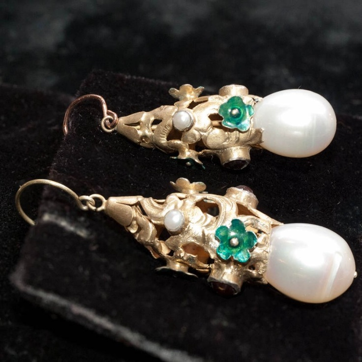 Gilt Earrings with Natural PearlsNatural Pearl, Maaaa Closets, Nature Pearls, Gilt Earrings