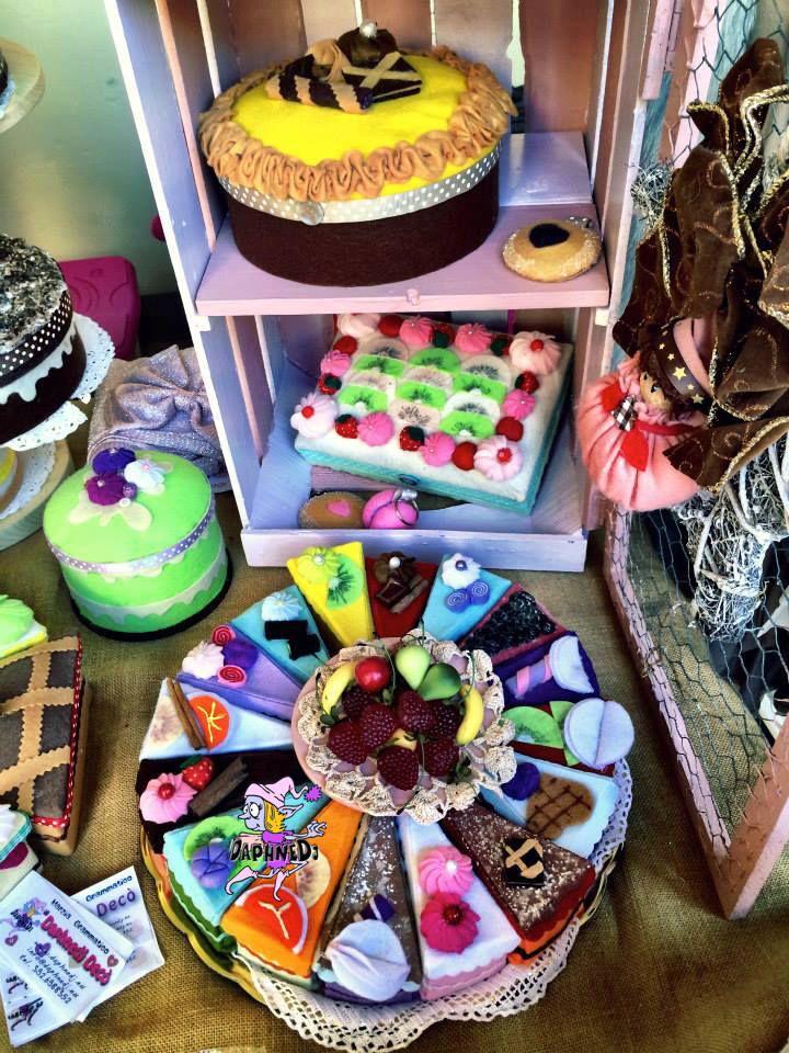 le mie scatole torta in feltro...My felt cake box www.daphnedj.eu