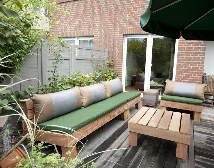 Big Pillows outdoor lounge furniture