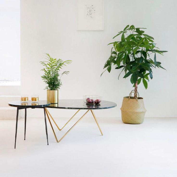 """Marmeren salontafel """"Richard"""" in groen marmer met gouden voet (100x70x40cm) @ Furnified - €219,99"""