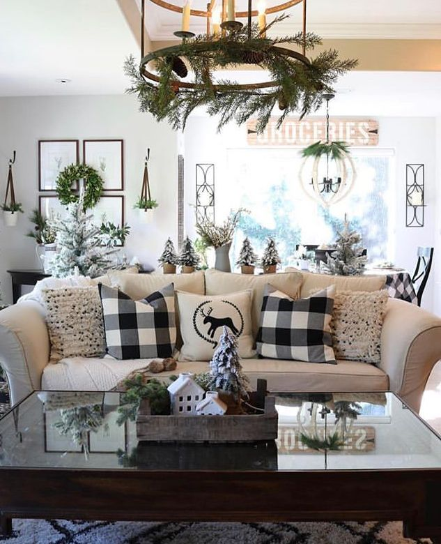 Christmas Home Decor 2019.Light Fixture Christmas Decorating In 2019 Christmas