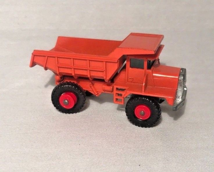 Matchbox Series # 28 Mack Dump Truck Orange Vintage 1960s #LesneyMatchbox #MackDumpTruck