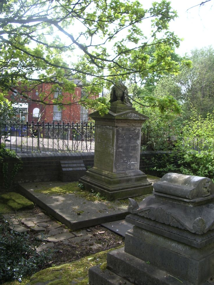 Victorian graves in St Leonards Churchyard