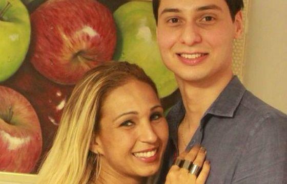 iBahia -Com namorados nove anos mais novo, Valesca rebate críticas na web