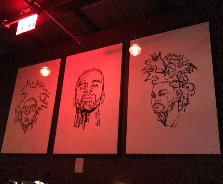 Awesome drawings of current celebrities and music stars. Can anyone name who all three are? Perhaps all three have been to this rooftop nightclub before?  #drawings #celebrity #celebrities #weekend #saturday #nightclub #painting #party #photooftheday #hotelhugo #tribeca #guesswho #musicians #musicstars #music http://tipsrazzi.com/ipost/1514915647577875909/?code=BUGD8FOj2XF