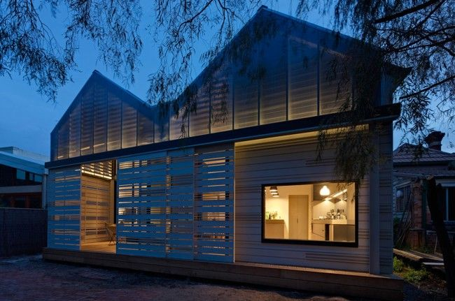 Sustainable house design: house reduction by Make Architecture | Designhunter - architecture & design blog