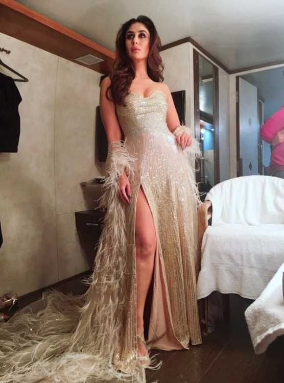 Pic Talk: Kareena Kapoor Sizzling Sexy Thigh Show In Slit Gown