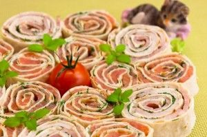 Rolls with salmon and ham