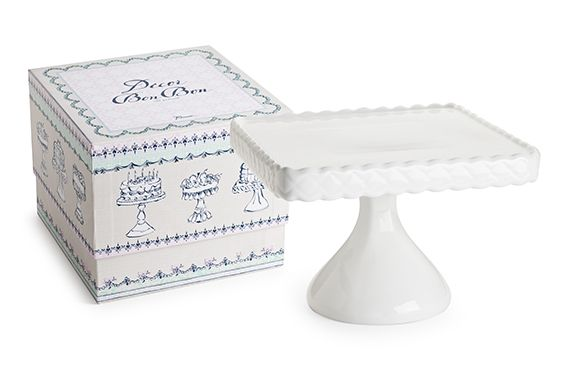 As one of our contemporary pieces in our cake stand collection, the Rosanna Decor Bon Bon Square Cake Stand is inspired by the patterns of the Victorian era. It features a subtle embossed diamond pattern within a scalloped border, at the edge of its cake plate. This border is raised slightly higher than the flat cake surface - perfect for keeping your sweet treats in place! Perfect for candy buffets and lolly tables!