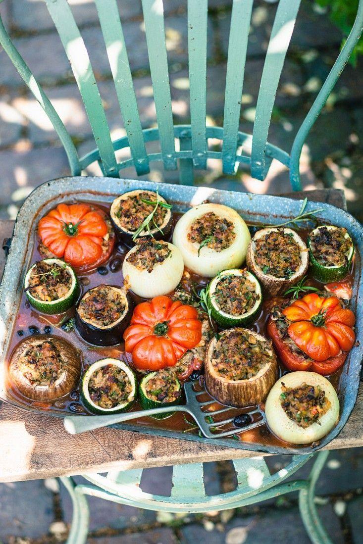 Gemüse mit pikanter Füllung   http://eatsmarter.de/rezepte/gemuese-mit-pikanter-fuellung