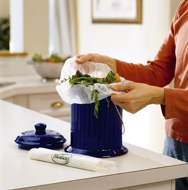 learn how to compost your kitchen food scraps and yard waste using a compost bin a pile or a composter